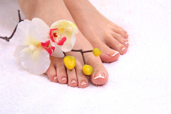 Micoza unghiilor picioarelor tratament naturist